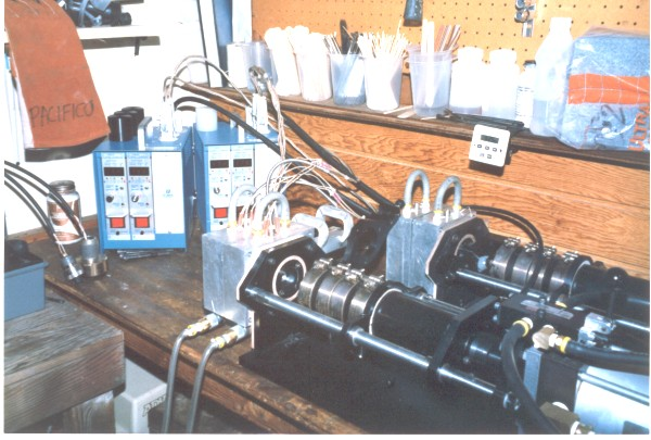 Table-Top Injection Molding System